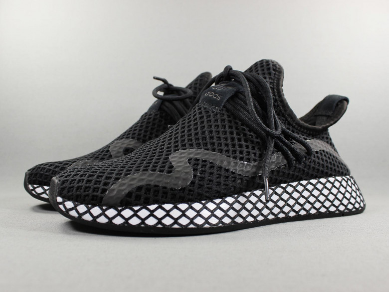 DEERUPT S BLACK