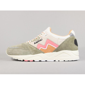 KARHU ARIA 95 VETIVER/TEA ROSE pas cher & discount