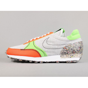 NIKE DAYBREAK-TYPE PHOTON DUST pas cher & discount