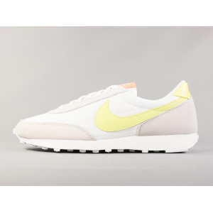 NIKE WMNS DAYBREAK PALE IVORY pas cher & discount
