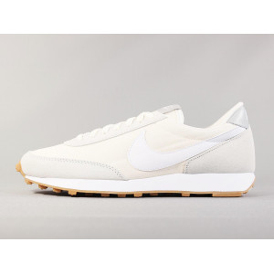 NIKE WMNS DAYBREAK WHITE-PALE IVORY pas cher & discount